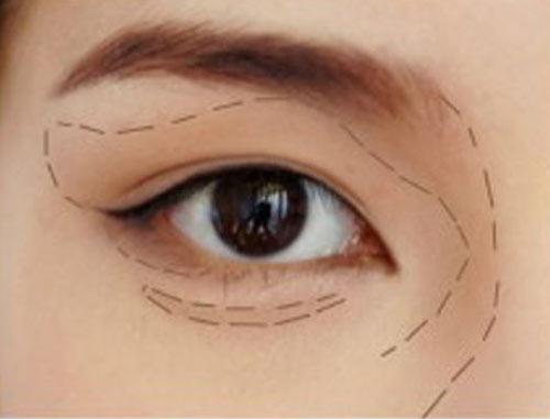 Cách trang điểm để có đôi mắt to tròn như Angela Baby - 9