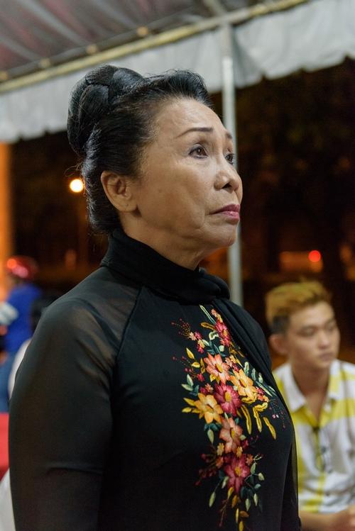Đồng nghiệp đến viếng nghệ sĩ cải lương Thanh Tòng trong đêm - 3