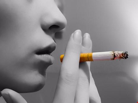 Hút thuốc làm hại DNA người tới 30 năm sau - 1