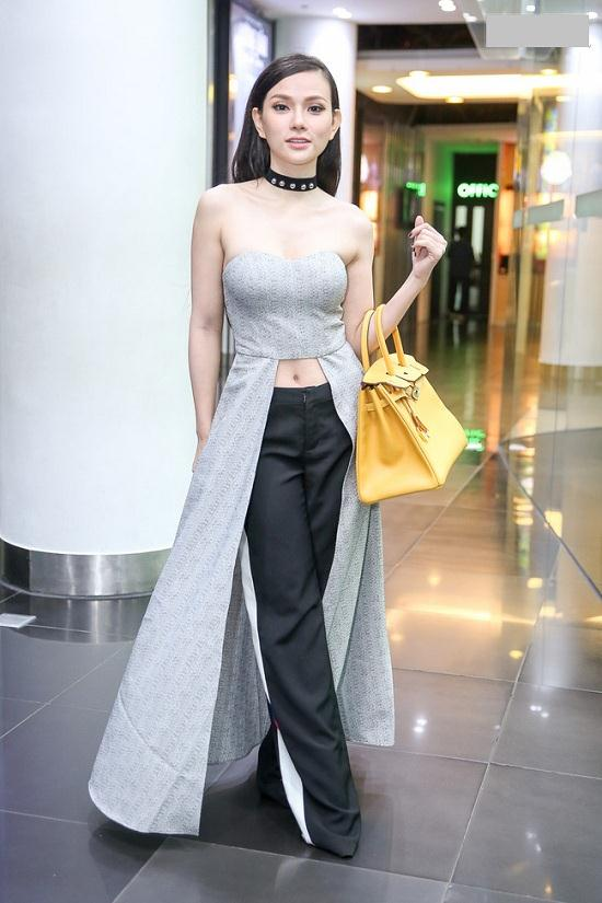 Huyền My, Phạm Hương đẹp nhất tuần với gam đen, trắng - 12