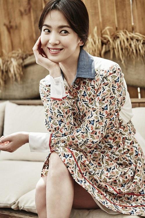 Váy giản dị của Song Hye Kyo cũng tốn 50 triệu đồng - 1