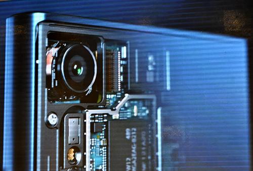 Sony Xperia XZ trình làng: Điểm nhấn ở bộ đôi camera - 1