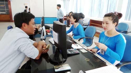 Mua vé tàu Tết Đinh Dậu: Có thể thanh toán sau 72 giờ - 1