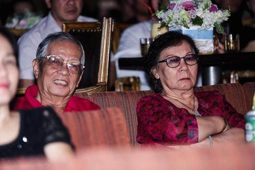 Thu Minh khóc nức nở, xin lỗi bố mẹ vì những scandal - 3