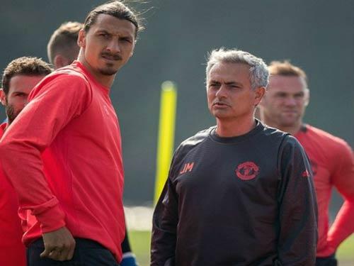 Tin HOT tối 23/9: Sao MU đồng lòng vì Mourinho - 1