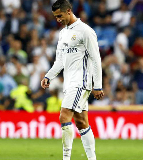 Real lỡ nhịp chiến thắng: 5 mối nguy của Zidane - 2