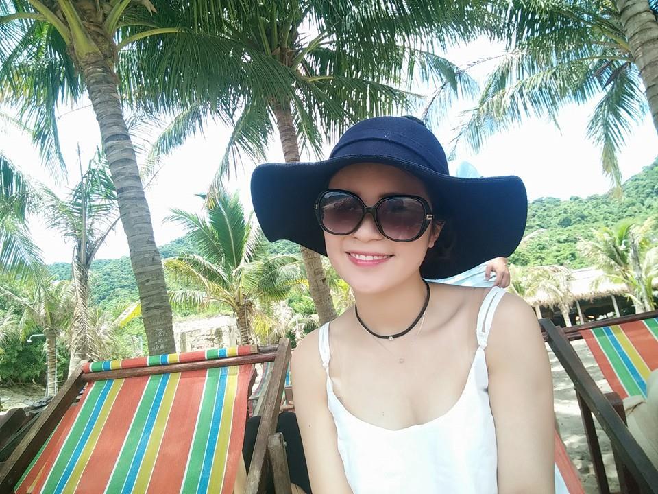 Chị gái trẻ trung hơn Hòa Minzy dù chênh nhau 3 tuổi - 7