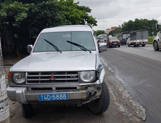 Quảng Ninh: Xe biển xanh đâm chết người qua đường - 2
