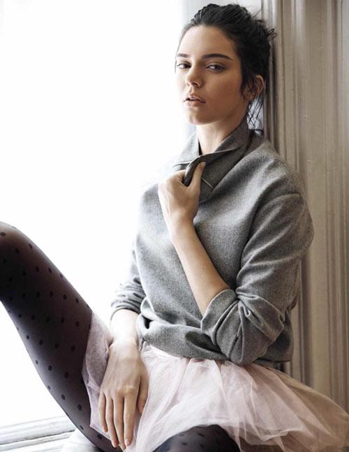 Kendall hóa vũ công ba lê kiêu kỳ trên Vogue - 4
