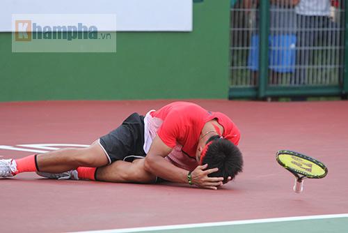 """Hoàng Thiên được hot girl """"thưởng nóng"""" sau vô địch Men's Futures - 5"""