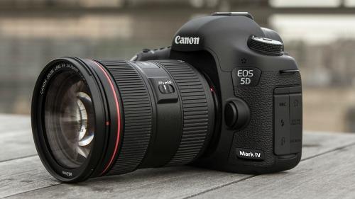 """Canon EOS 5D Mark IV: cấu hình mạnh, giá """"ngon"""" - 2"""