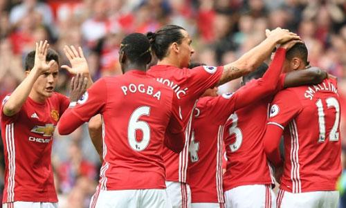 Góc chiến thuật MU: Không Rooney, Pogba rực sáng - 2