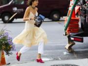 Thời trang - Quý cô này mặc cùng một chiếc váy cho 5 sự kiện