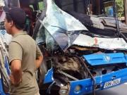 Vụ xe tải cứu xe khách: Phạt xe khách 10,5 triệu đồng