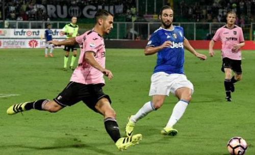 Palermo - Juventus: May mắn đồng hành - 1
