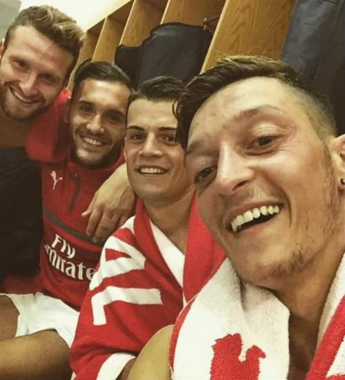 Arsenal phá dớp trước Chelsea, Wenger hả hê ra mặt - 3