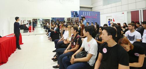 Bộ 3 mẫu Tây điển trai dự tuyển Elle show Việt Nam - 2