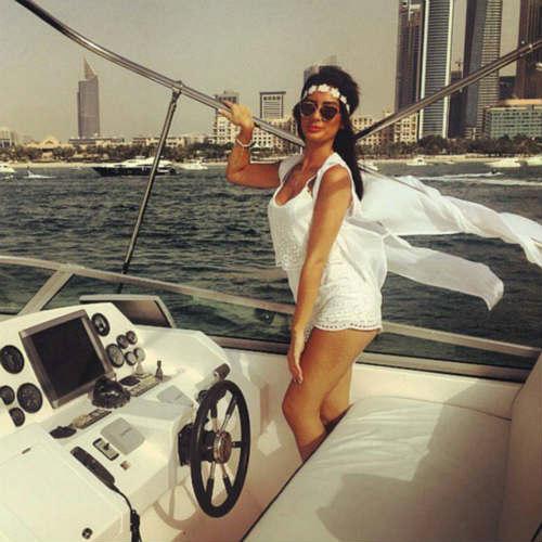 """""""Tròn mắt"""" cuộc sống ngập tiền của con nhà giàu Dubai - 9"""