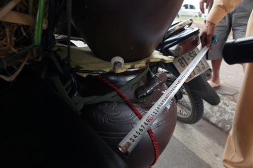 """Hà Nội thu giữ hàng loạt xe chở """"tử thần"""" - 6"""