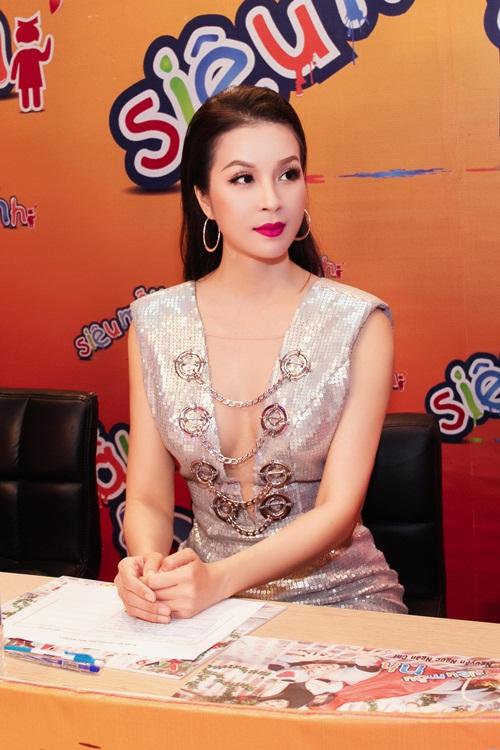 Ở tuổi 43, MC Thanh Mai vẫn gợi cảm đến mê hồn - 10