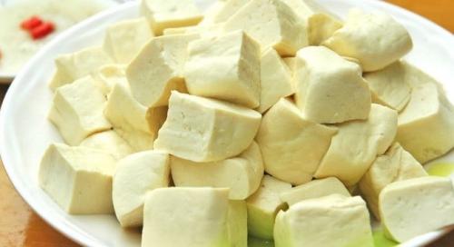 Những thực phẩm nên và không nên ăn cùng đậu phụ - 1