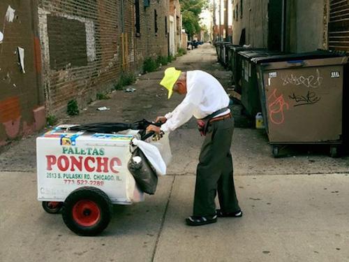 """Cụ ông 89 tuổi bán kem dạo """"đổi đời"""" nhờ Internet - 2"""