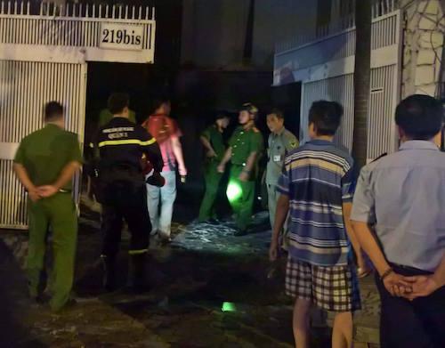 Chập điện máy bơm, trung tâm giáo dục phát hỏa trong đêm - 2