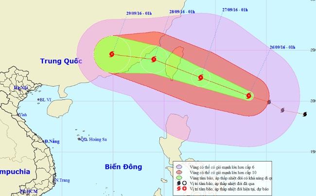 Bão MEGI giật cấp 14 tiến gần Biển Đông - 1