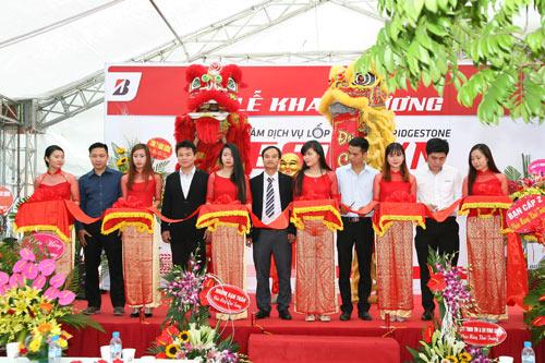 Bridgestone chính thức khai trương trung tâm dịch vụ chăm sóc lốp xe du lịch tại Bắc Ninh - 1