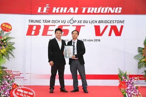 Bridgestone chính thức khai trương trung tâm dịch vụ chăm sóc lốp xe du lịch tại Bắc Ninh - 2