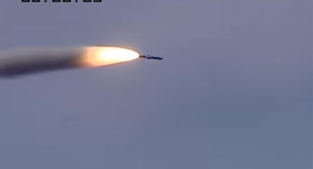 Ấn Độ đưa thêm tên lửa BrahMos tới biên giới, TQ lo sợ - 1