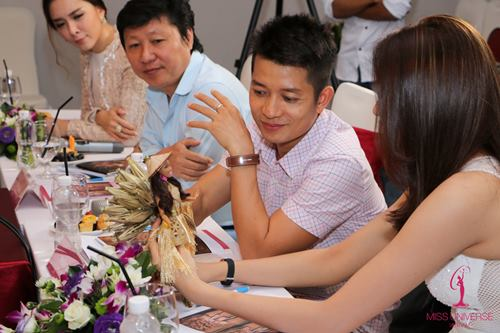 Phạm Hương chọn quốc phục cho đại diện VN ở HH Hoàn vũ - 4