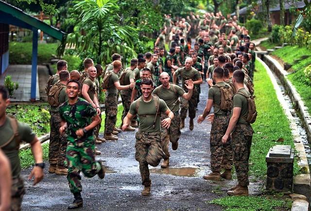 Thủy quân lục chiến Mỹ muốn huấn luyện với binh sĩ VN - 2