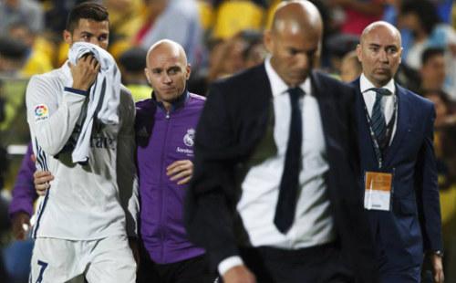 Tiêu điểm vòng 6 Liga: Kỳ trăng mật của Zidane đã hết - 1