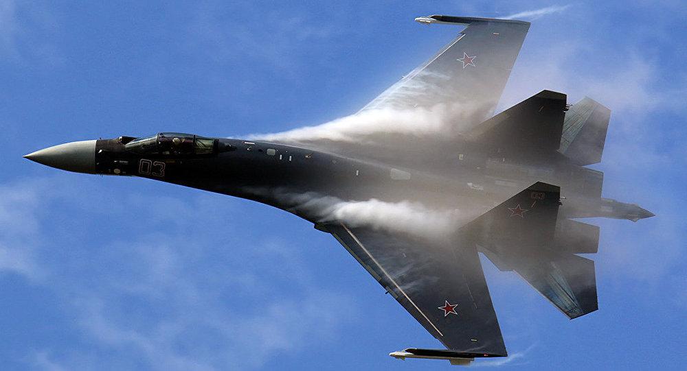 """Su-35, T-50 Nga khiến """"chim ưng"""" F-16 Mỹ thành đồ bỏ đi - 2"""