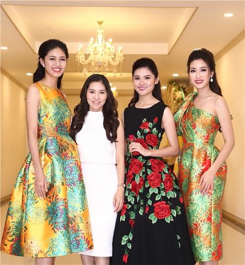 Hoa hậu Mỹ Linh đọ sắc cùng 2 á hậu - 1