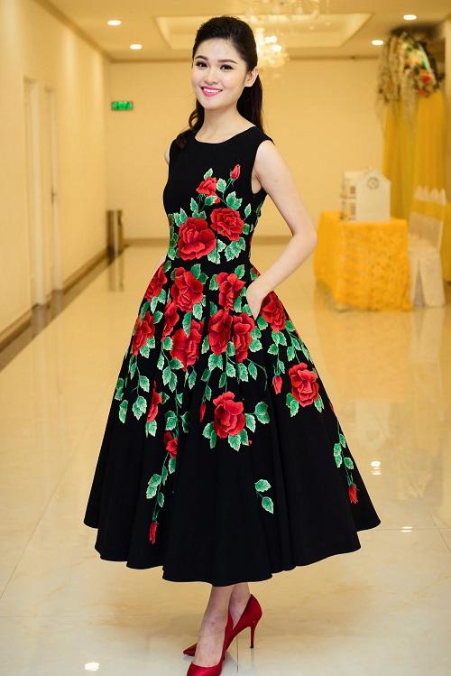 Hoa hậu Mỹ Linh đọ sắc cùng 2 á hậu - 4