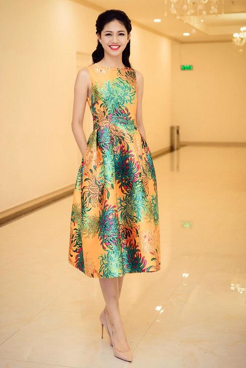 Hoa hậu Mỹ Linh đọ sắc cùng 2 á hậu - 7