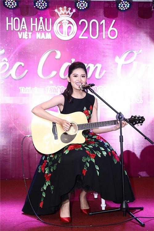Hoa hậu Mỹ Linh đọ sắc cùng 2 á hậu - 9