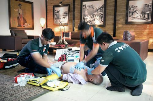 Phòng khám Family Medical Practice ra mắt Dịch vụ Điều phối cấp cứu - 2