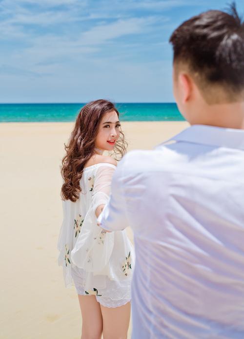 """Cặp đôi nên duyên từ thuở """"vắt mũi chưa sạch"""" - 10"""