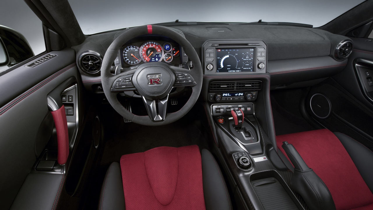 Nissan GT-R Nismo 2017 chính thức chốt giá bán - 5
