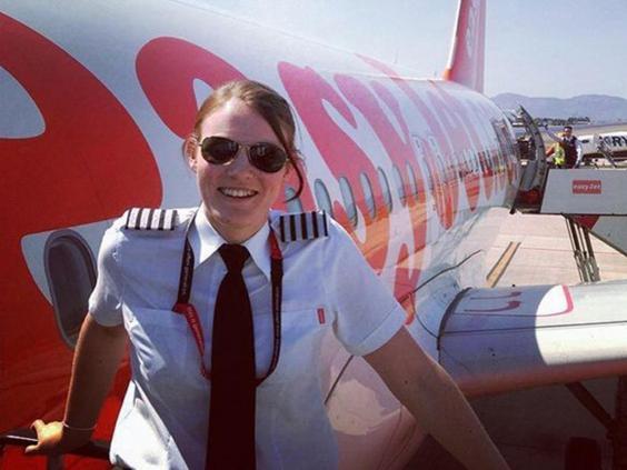 Anh: 26 tuổi trở thành nữ cơ trưởng trẻ hàng đầu thế giới - 2