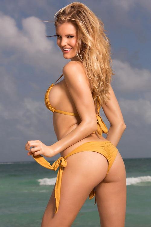 Ngạc nhiên ngắm bikini bé xíu của chân dài miền biển - 9