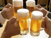 Đàn ông Việt Nam uống bia rượu nhiều nhất thế giới