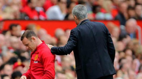 """Mourinho """"cấm khẩu"""" Rooney: Quyền lực của """"Người đặc biệt"""" - 2"""