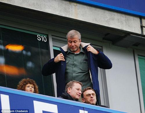 Chelsea: Ủng hộ Conte, Abramovich bạo chi nâng cấp hàng thủ - 2