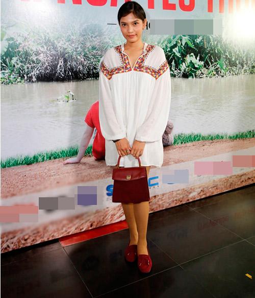Trương Thị May diện mốt giấu quần đi casting phim - 1