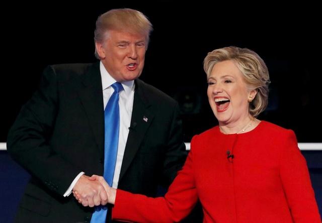 """""""Soi"""" điểm chính trong màn đấu khẩu giữa Trump-Clinton - 1"""