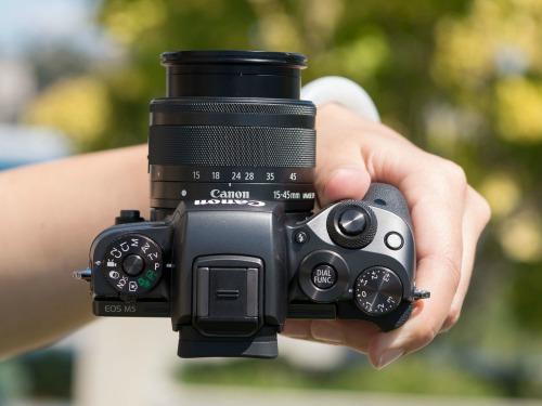 Canon EOS M5 - camera không gương lật đầu tiên của Canon - 6